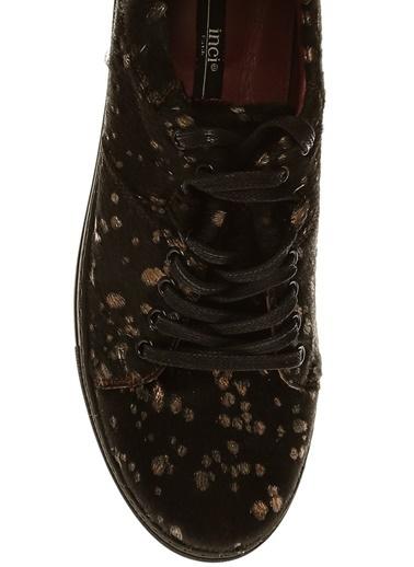 İnci İnci Kadın Altın Detaylı   Düz Ayakkabı Siyah